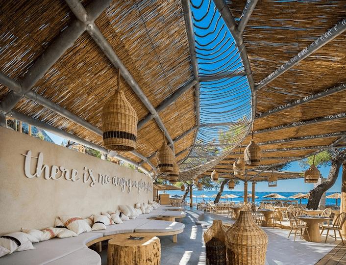 Gooshter Beach Club